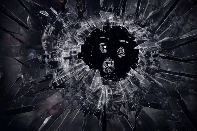 5 Saatlik Black Mirror Filmi Geliyor!